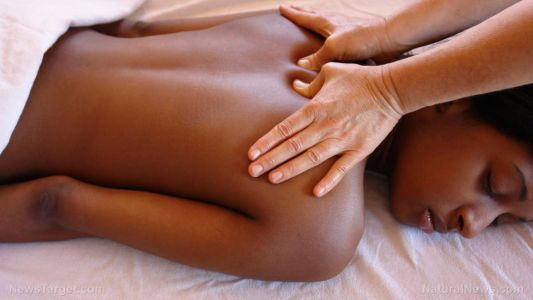 Swedish massage shown to effectively relieve pain for people with fibromyalgia