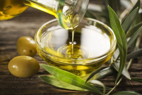 The Difference Between Extra-Virgin Olive Oil & Olive Oil