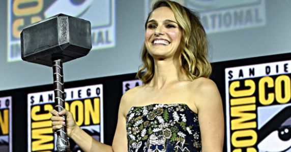Natalie Portman Will Be The First-Ever Female Thor And People Have Feelings