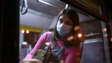6 Sneaky Signs You're Experiencing Ongoing Trauma From The Pandemic