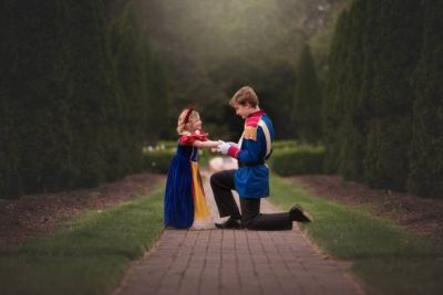 'Prince Charming' Big Brother Surprises His Sister With Adorable Photo Shoot