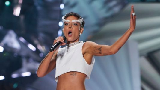 Halsey Slams Victoria's Secret After Her Fashion Show Performance