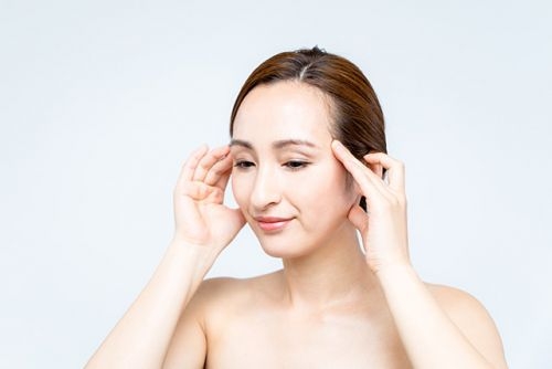 The best acupressure points for more youthful skin