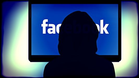 Facebook accused of spying on Instagram users - through their phone's cameras