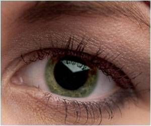 Thinning Retina: Early Warning Sign for Parkinson's Disease