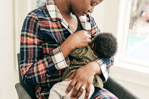We Need To Talk About The Economic And Racial Disparities In Breastfeeding