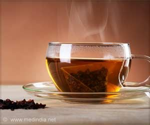 Drinking Very Hot Tea May Up Esophageal Cancer Risk