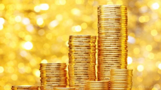 Investors are shunning the dollar and turning to gold