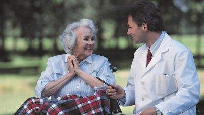 Dementia now the top cause of death among women in the UK