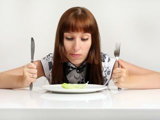 7 Ways to Deal with Food Anxiety