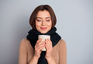 12 Natural Cold Remedies Examined: What Works and What Doesn't