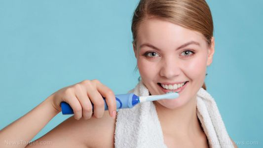 """Repair decayed teeth with """"bioactive"""" glass that remineralizes teeth without fluoride"""