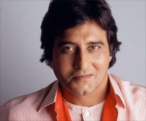Bollywood Icon Vinod Khanna Succumbs to Cancer