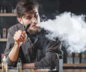 Number of American Teens Who Vape is Growing at an Alarming Rate: Survey