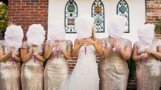 Brides Are Replacing Flowers With Cotton Candy Bouquets And They're Adorable AF