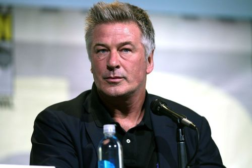 """BREAKING: Alec Baldwin accidentally shoots and kills cinematographer with REAL, functioning gun, not """"prop gun"""" as falsely reported by the fake news media"""