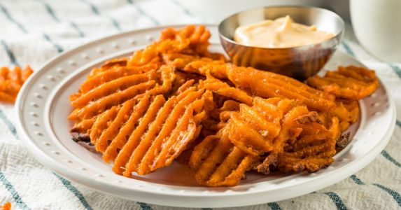Sweet Potato Chips Recipe For You to Enjoy a Crispy Tasty Snack