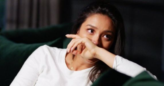Pregnant Shay Mitchell Tearfully Opens Up About Her Past Miscarriage