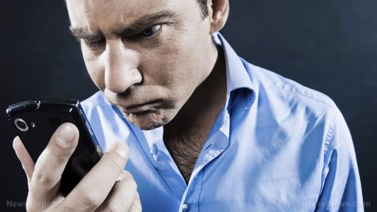 """Mobile device overuse to cause wave of """"text neck"""" disorders with serious neck and back pain consequences"""