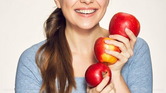 An apple a day keeps the wrinkles away: Compounds found in the fruit protect you against aging skin
