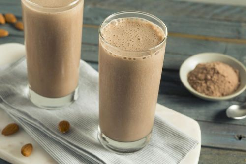 Are Protein Shakes Causing You to Gain Weight? It Depends on When You're Drinking Them