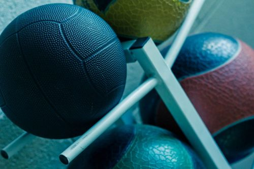 5 Reasons to Add Medicine Ball Slams to Your Workout