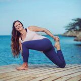 This Yoga Teacher Tells Us Her Go-To Postures For Toning Your Legs and Butt