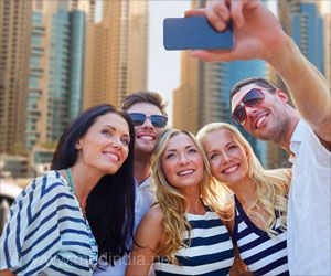 Hunting for Perfect Selfies can Lead to Body Shame, Appearance Anxiety and Depression in Teen Girls