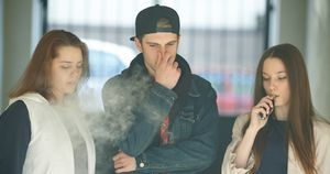 More than 2 million US kids and teens use e-cigarettes