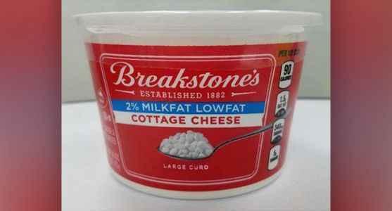 Recall: Breakstone Cottage Cheese for Plastic Bits