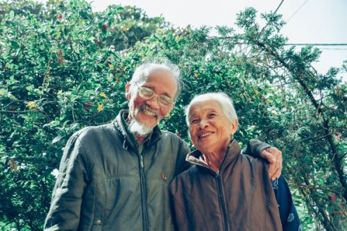 7 Reasons Old Love Is Better Than New Love