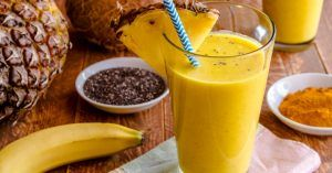 Pineapple, Banana Turmeric Smoothie Is Delicious and Very Healthy