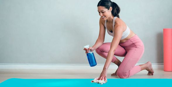 How to Keep Your Yoga Mat Clean and Why You Should