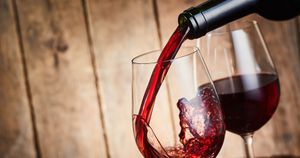 Moderate alcohol intake lowers stress-related brain activity, may reduce CVD risk