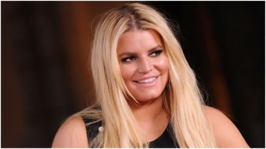 Jessica Simpson Announces Pregnancy With Adorable Instagram Post
