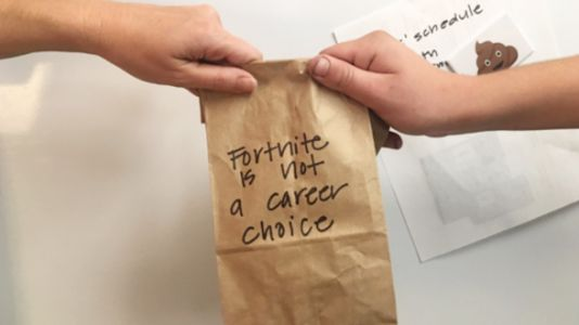 Parents Are Loving This Mom's Passive-Aggressive Lunch Bag Notes
