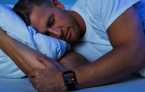 Is There Really Any Benefit to Tracking Your Sleep?