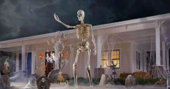 A 12-Ft Lawn Skeleton Exists So You Can Freak The F*ck Out Of Your Neighbors