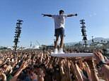 Drugs and alcohol leave MEN with a higher risk of hearing loss at festivals