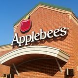 On the Keto Diet and Headed to Applebee's? Choose From These Low-Carb Dishes