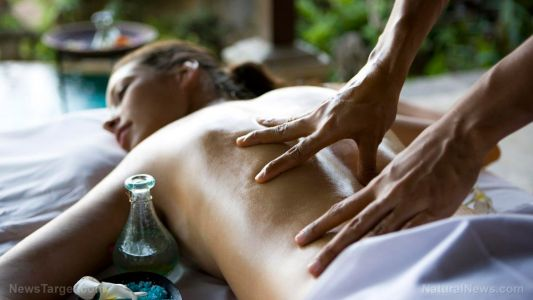 Swedish massage regulates your stress hormones and relieves pain