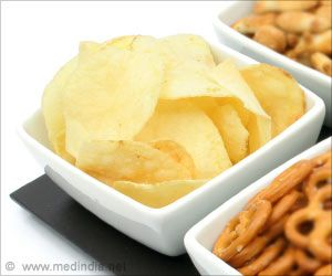 Don't Eat Too Much Potato Chips During Pregnancy, Warns Study
