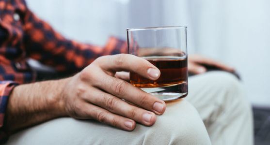 A Drink a Day Might Be Good for Diabetics' Health, Study Suggests