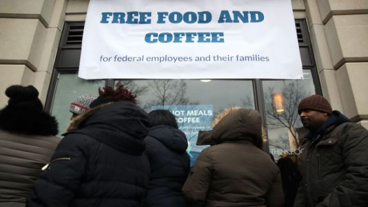 Federal Employees Are Using Food Banks To Feed Their Families During Shutdown