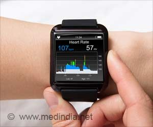 US Doctor Saves a Person's Life Using Apple Watch