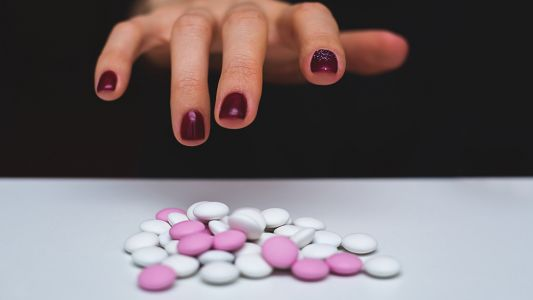 Prescription painkillers found to worsen chronic pain, generating more demand for the same drugs