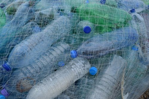 A cheaper alternative? Scientists looking at converting plastic waste into hydrogen fuel