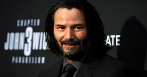Keanu Reeves Leaves Sweet Note For Young Fans Because He's An Actual Angel