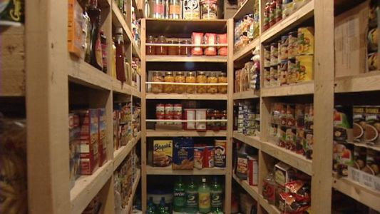 What are the best foods to stockpile for emergencies?