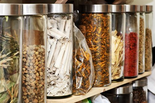 Compounds from traditional Chinese medicine effectively treat ulcerative colitis